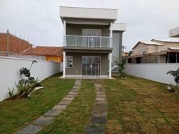 Casa duplex em condomínio 03 qrts em Monte Alto Arraial do Cabo