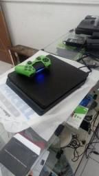 PS4 slim R$ 1.800