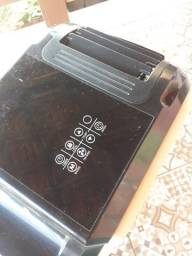 Ar condicionado  móvel  400 reais