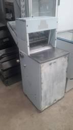 Fatiadeira de Paes usada - JM equipamentos