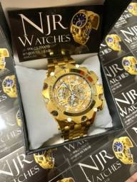 Relógio Invicta venom banhado a ouro novo