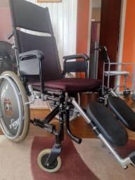 Cadeira de Rodas e Andador Adulto