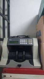 Máquina de contar notas (passo cartão de crédito)