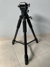 Tripé Profissional Digipod TR688v 180cm