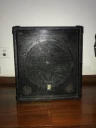 Amplificador de baixo Staner BS-150