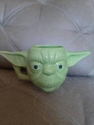 Caneca 3D Mestre Yoda NOVA
