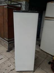 Vendo freezer cônsul islin