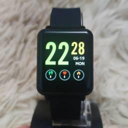 Relógio digital Smartwatch Land 1 para pessoas exigentes