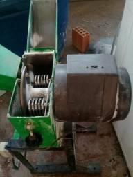 Vendo triturador, misturador e compressor de ar