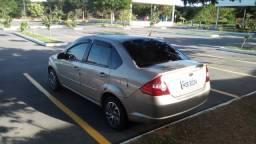 Fiesta sedan 15500 - 2009