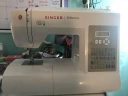 Máquina de costura singer brilliance 6180