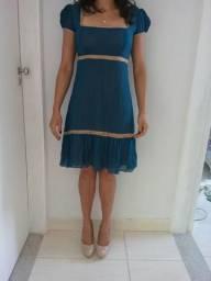 Vende-se vestidos