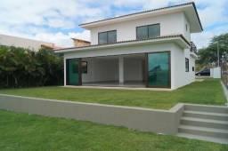 Casa nova com 260 mts, 5 suítes - Condomínio com piscina aquecida, campo de golf. Ref.ME04