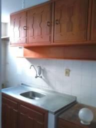 Aluga-se um apartamento ( condomínio Rio negro)
