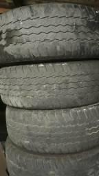 Vendo 4 pneus Good