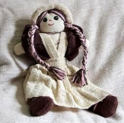 Boneca de tecido artesanal