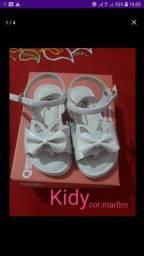 Sandálias para bebê
