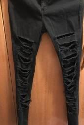 Calça Jeans Rasgada Novíssima
