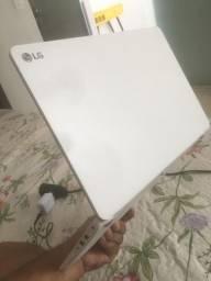 Notebook LG semi novo sem marca de uso
