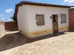 Casa em Sobradinho 10m x 20m - aceito troca