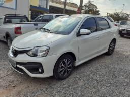 Etios Sedan Platinum 1.4 Automático * Super Econômico *