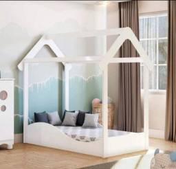 Mini cama montessoriana nova