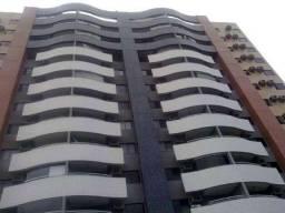 Apartamento com excelente localização no Engenheiro Luciano Cavalcante, 03 suítes