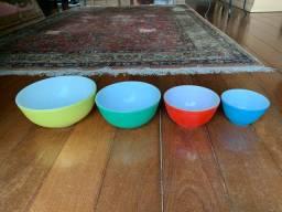 Conjunto 4 bowls coloridos americano Pyrex, anos 50