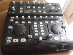 Controladora Behringer BCD3000