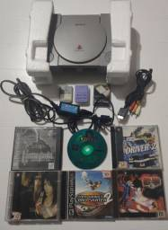 Playstation 1 FAT SCPH-7001 (na caixa)