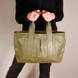 Bolsa couro legítimo forrada Linda