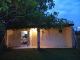 Casa 3 dormitórios, Internet, ar condicionado,, 5 q praia
