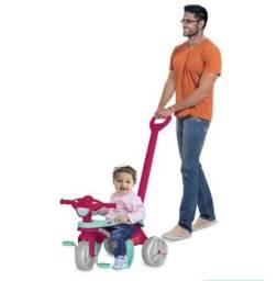 NOVO. Triciclo passeio e pedal. Bandeirantes. Menina