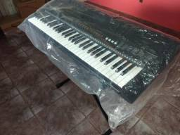 Yamaha E463. Vendo ou troco. Notebook ou Ipad Top
