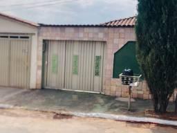 Casas No Setor Castelo Branco -Próximo A Comurg