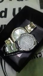 2 relógios femeninos ler descrição