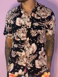 Camisetas floridas