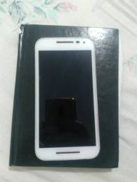 Celular Motorola G3 16 gb com película