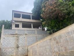 Excelente casa 3 quartos em próx Campo Grande