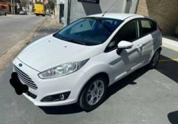 * Ford Fiesta 1.4 parcelado