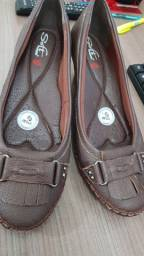 Sapato em couro bebece Soft número 38
