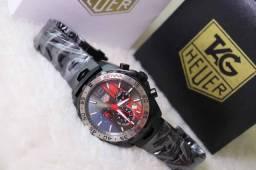 Relogio - Mer¢edes Com Detalhes Vermelho - pulseira Com Logotipo Gravado no fecho