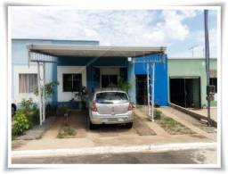 CA0200 Vende-se casa com 2 quartos no Bairro Novo