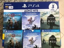 Playstation 4 slim 1TB + 3 jogos