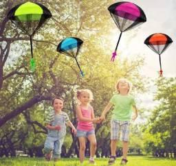 Boneco Paraquedista de Brinquedo, Jogar Para o alto alto Paraquedas