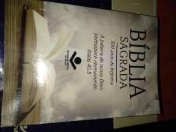 Promoção Bíblia sagrada pequena.