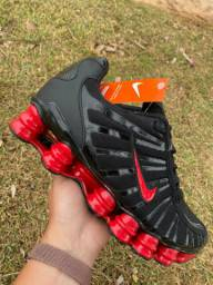 Nike shox disponível tam:39,40,41