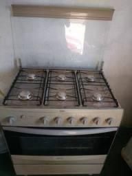 Vendo fogão 6 boca elétrico... *
