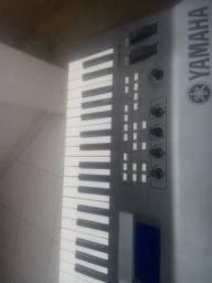 Teclado Yamaha mm6