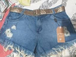 Vende-se shorts jeans novo